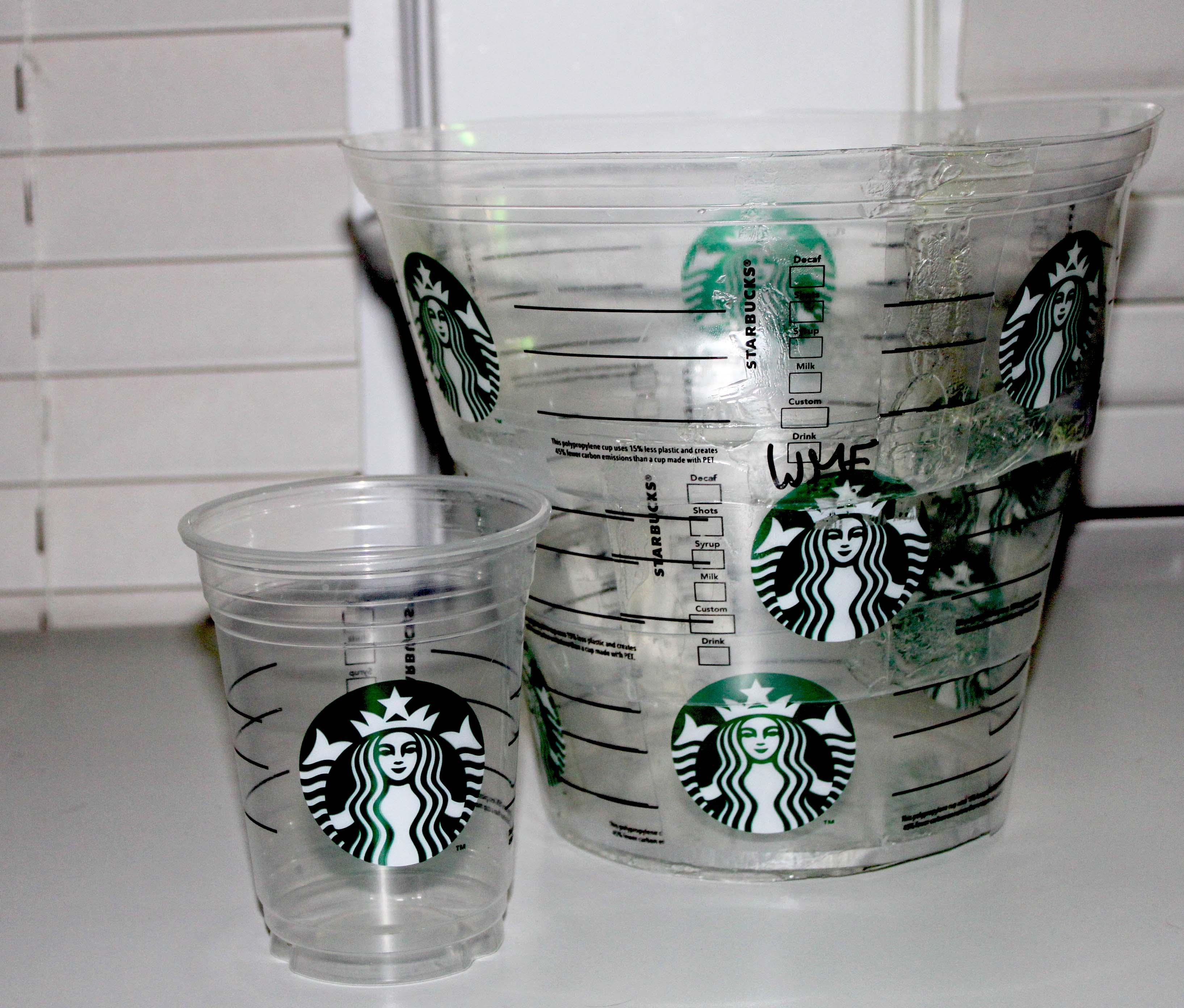 Starbucks Plastic Cup Drawing | www.imgkid.com - The Image ...